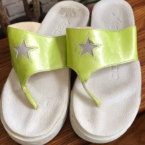REDUCED Converse OneStar Flipflops